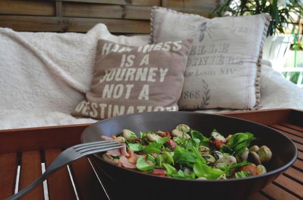 Bób z prosciutto i świeżymi ziołami!