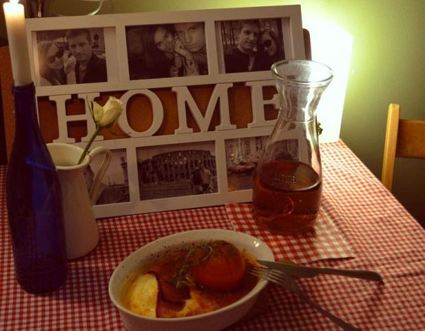 Mozzarella w prosciutto z sosem pomidorowym!