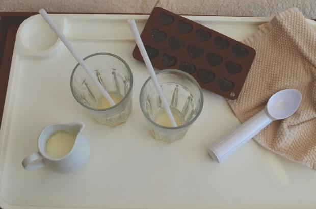 Orzechowa kawa mrożona z gałką lodów śmietankowych!