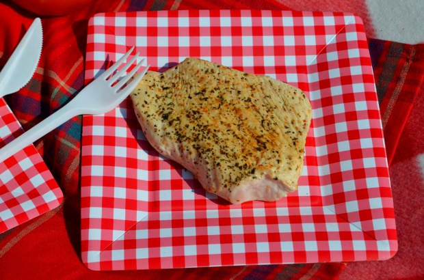 Piknikowy grillowany indyk i grzanki z sosem pomidorowym i mozzarellą!